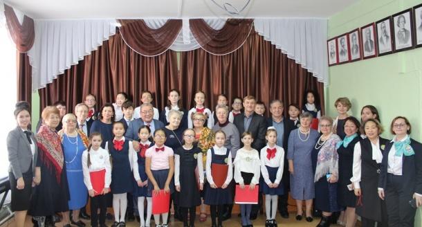 Школе №23 города Якутска присвоено имя В. И. Малышкина