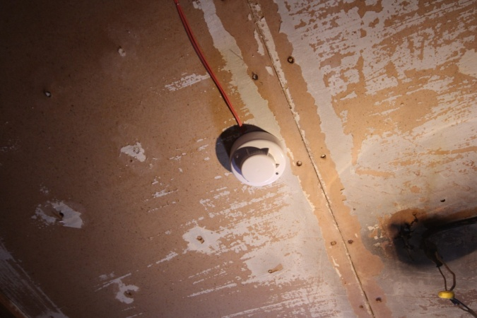 Установка противопожарной сигнализации в деревянных домах Якутска помогла предотвратить 14 пожаров
