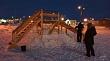В Якутске волонтер построил детскую горку