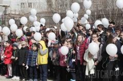 Год добра: СОШ №10 организовала акцию «Белые журавлики»