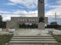 Педагоги Детского (подросткового) Центра и волонтеры вносят вклад в увековечивании памяти Великой Победы