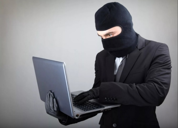 МВД предупреждает: Чтобы не стать жертвой лжесотрудников банка, не поддерживайте с ними беседу