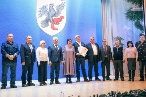 В Якутске наградили лучших общественников по итогам Года добрососедства
