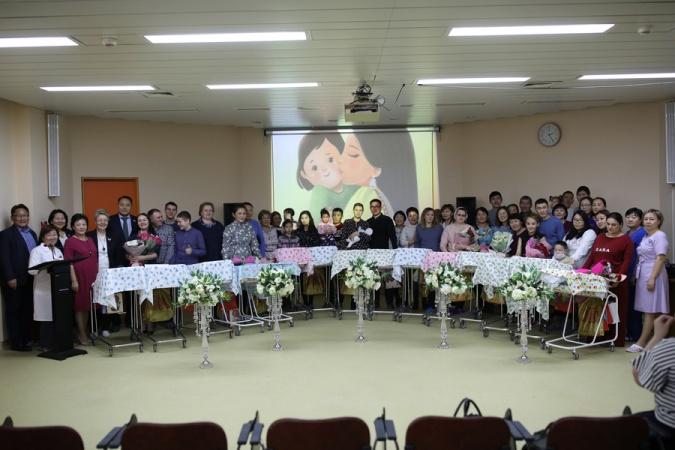 В Якутске в День Матери родилось 15 детей