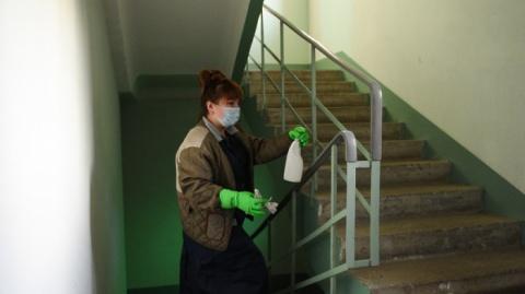 Информация о санобработке подъездов жилых домов в Якутске на 18 часов 25 ноября
