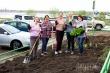 Год труда: в Губинском округе активисты посадили 23 тысячи цветов