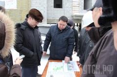 Айсен Николаев проинспектировал ход строительства социальных объектов