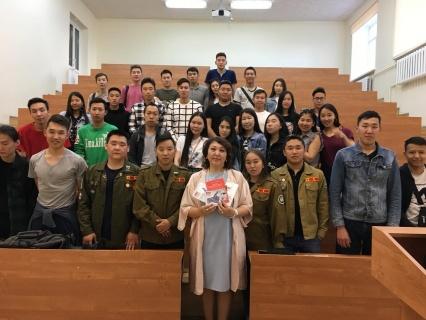 Якутским студентам объяснили причины и последствия употребления наркотиков