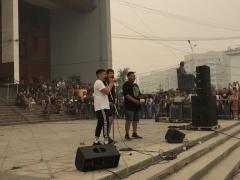 Фестиваль красок «Холи» собрал активных и юных горожан