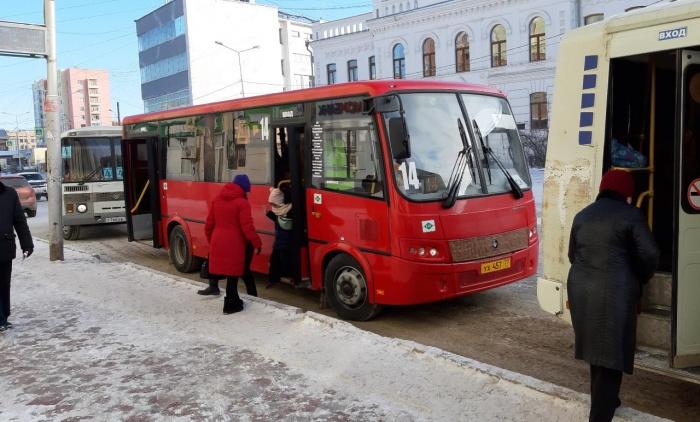 Водители городских автобусов обязаны соблюдать интервал движения
