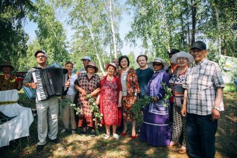 Сардана Авксентьева поздравила ветеранов с Ысыахом