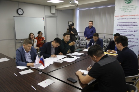 Общественники Якутска обсудили с дорожниками темпы и качество капремонта дорог