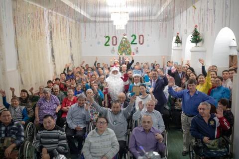 «5 шагов к Новому году»: праздничный концерт в Капитоновском доме-интернате