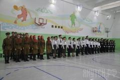 Ко Дню государственности Якутии в столице прошел конкурс-смотр песни и строя