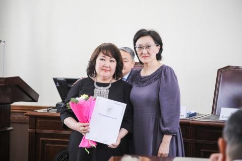 Профессия добрых дел: В Якутске поздравили социальных работников