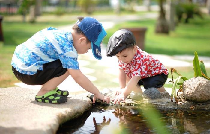 В летние каникулы родителям напоминают: берегите своих детей!
