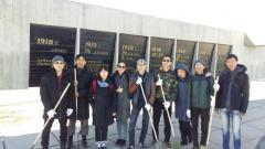 Год добра: активная молодежь провела уборку на территории объекта культурного наследия