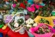 Год добра: в Якутске открылась цветочная ярмарка
