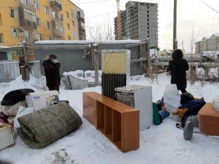 В Якутске организован сбор материальной помощи для пострадавших при пожаре дома на ул. Рыдзинского, 15