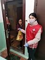 В Якутске волонтеры помогают пожилым людям