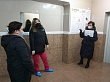 Сардана Авксентьева проверила санобработку и дезинфекцию подъездов жилых домов