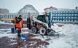 АО «Якутдорстрой» продолжает плановую уборку снега с городских улиц