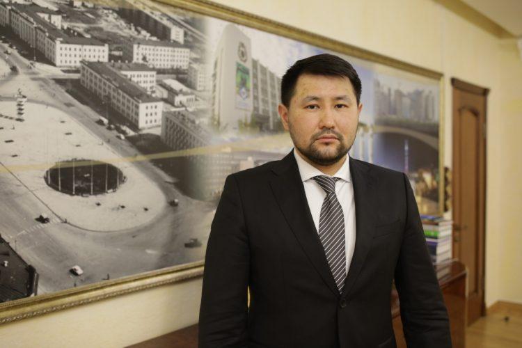 Евгений Григорьев поздравляет с Днем защитника Отечества