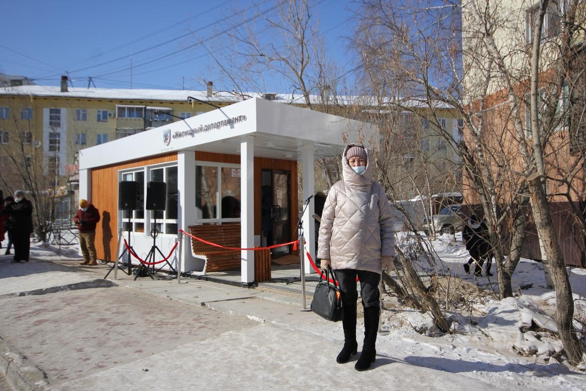 Первые муниципальные теплые остановки открылись в Якутске