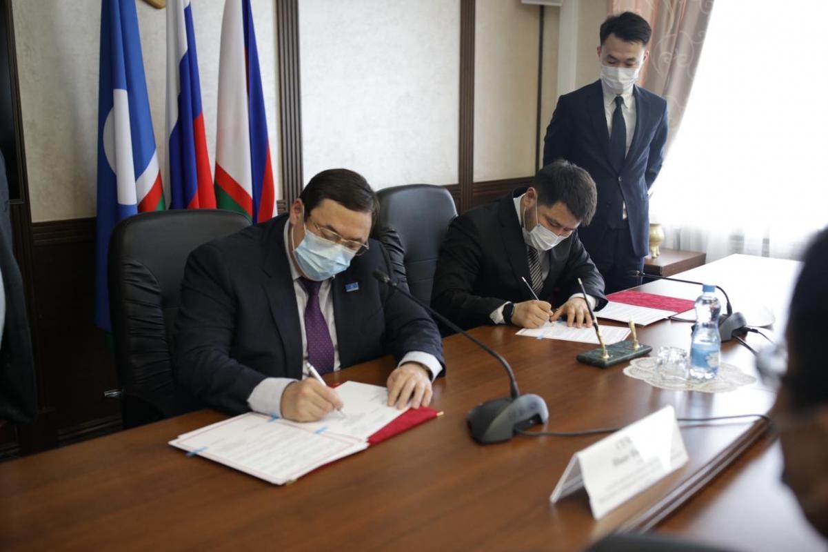 Якутск и Анабарский улус подписали соглашение о сотрудничестве