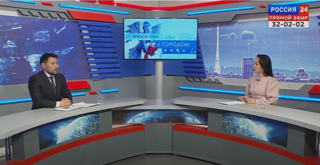 Евгений Григорьев в прямом эфире ответил на вопросы горожан