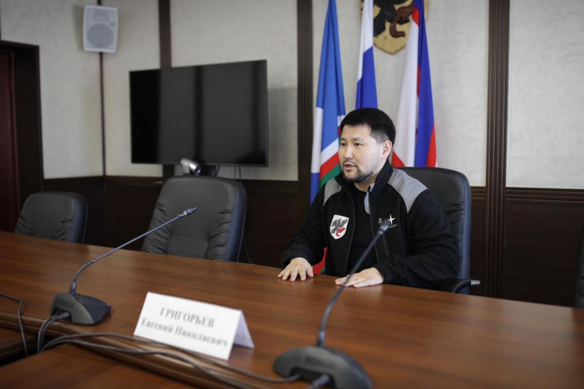 В Якутске появится возможность контролировать, заказать откачку талых вод через мобильное приложение